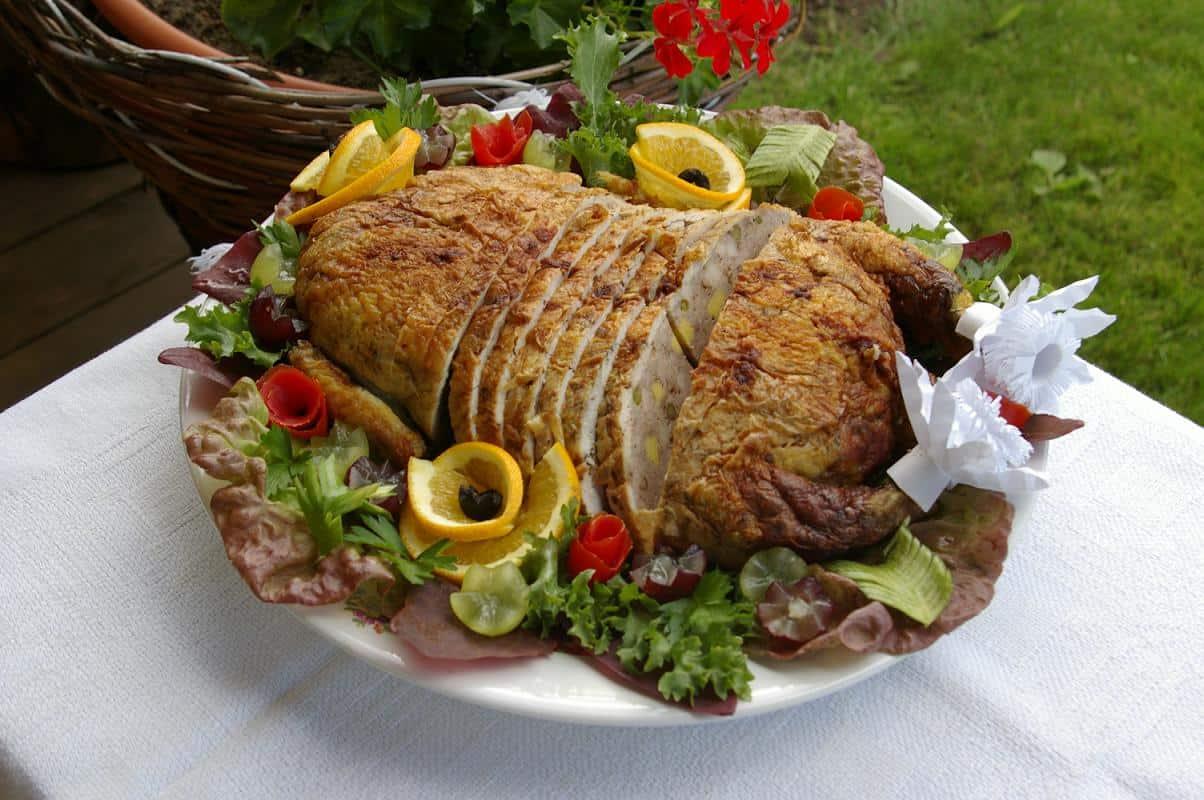 Vištienos galantinas - bulviukose.lt