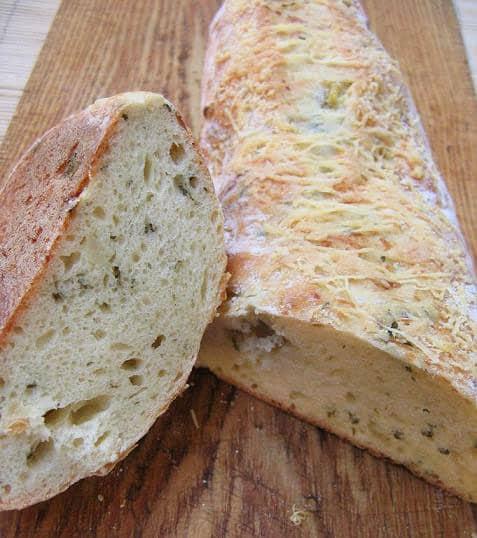 Sūrio duonelė su svogūnais - bulviukose.lt