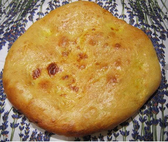 Uzbekiška duona su svogūnais - bulviukose.lt