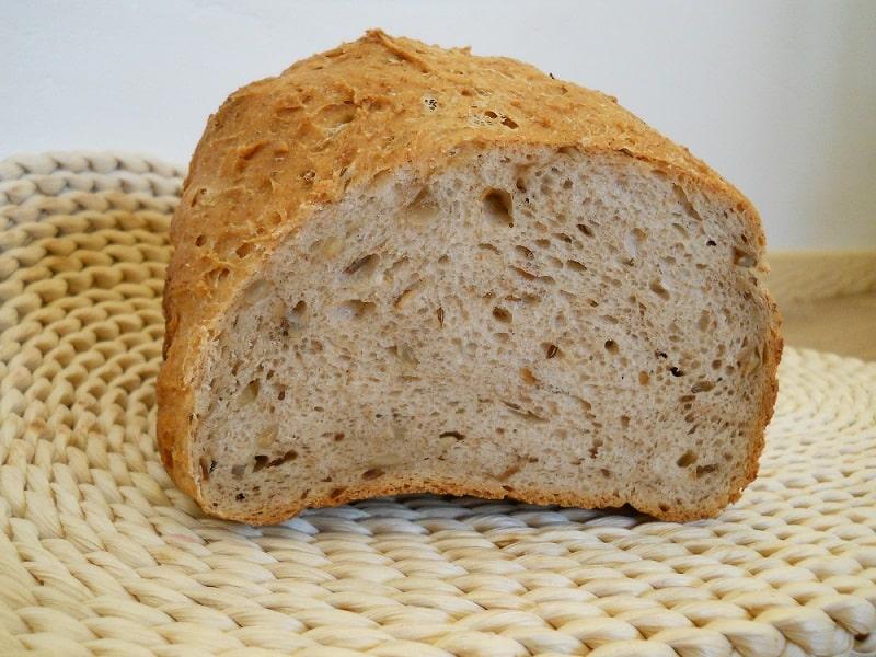 Rugine duona su grietine - bulviukose.lt