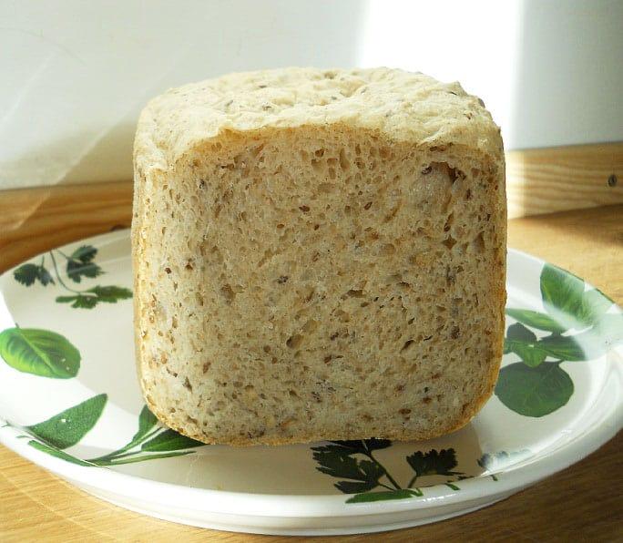 Šviesi plikyta duona - bulviukose.lt