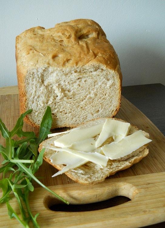 Medaus - garstyčių duona - bulviukose..lt