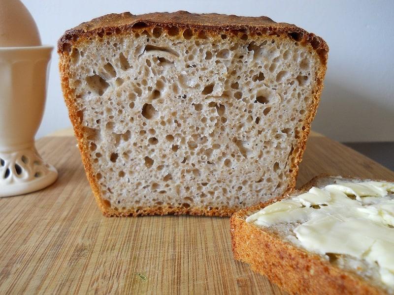 Kvietinė duona su raugu - bulviukose.lt