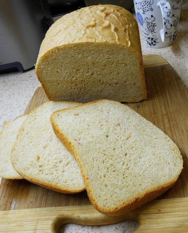 Duona su Čederio sūriu ir čili pipirais - bulviukose.lt
