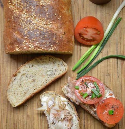 Keturių rūšių sėklų duona - bulviukose.lt