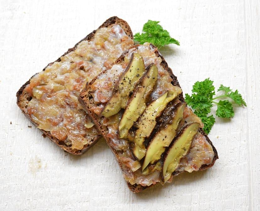 Spirginti kiaulienos lašinukai. Senovinis receptas - bulviukose.lt