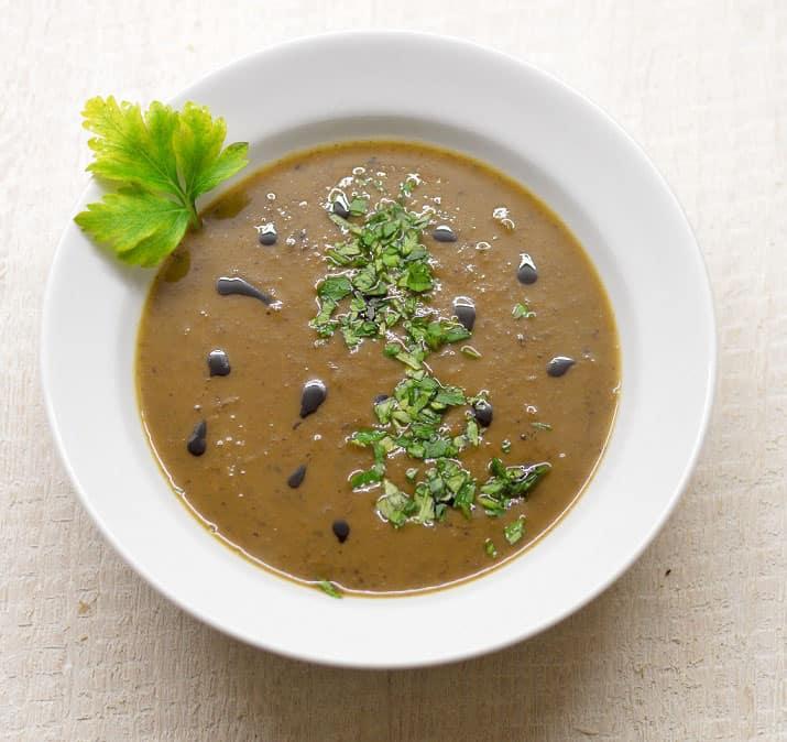 Keptų moliūgų sriuba su džiovintais grybais - bulviukose.lt