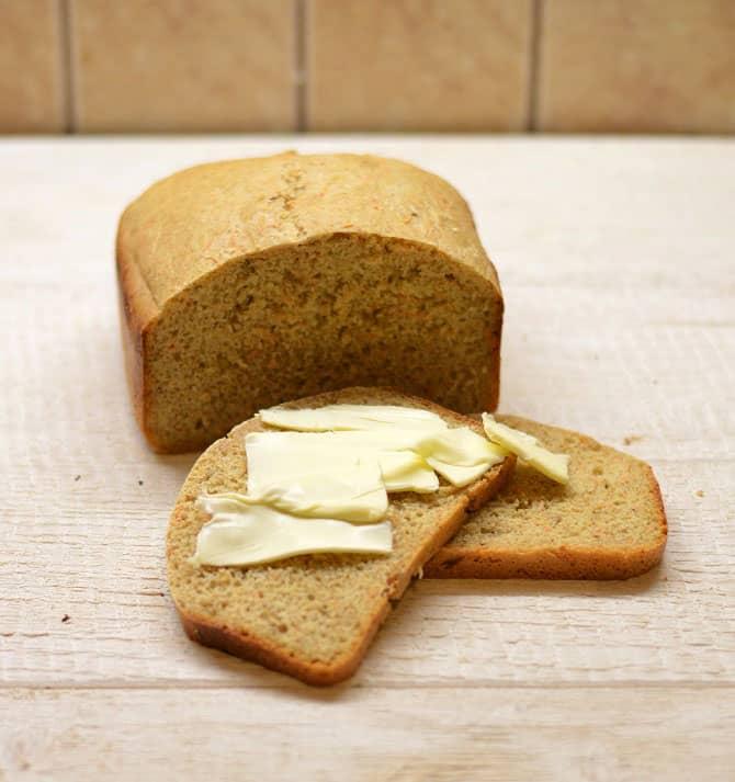 Duona su morkomis ir pankoliais. Minkšta ir drėgna - bulviukose.lt