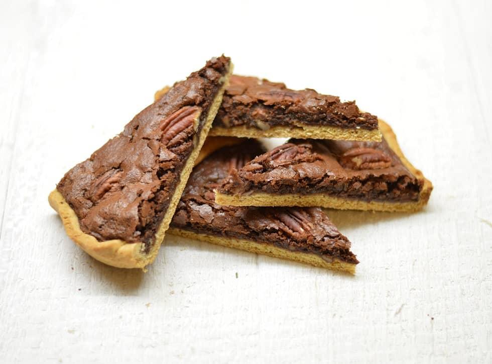 Šokoladinis pyragas su karijų (pekano) riešutais - bulviukose.lt