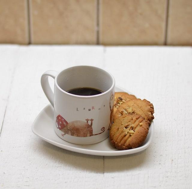 Žemės riešutų sviesto sausainiai - bulviukose.lt