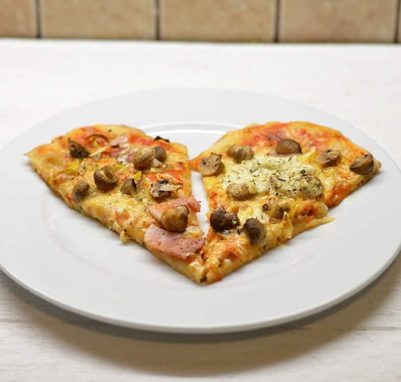 Pica su pievagrybiais ir pankoliais