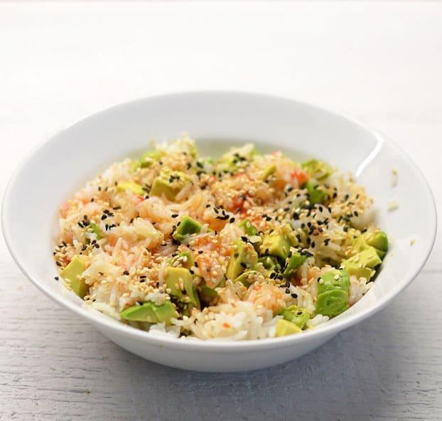 Basmati ryžiai su avokadu, čili padažu ir sezamo sėklomis - bulviukose.lt