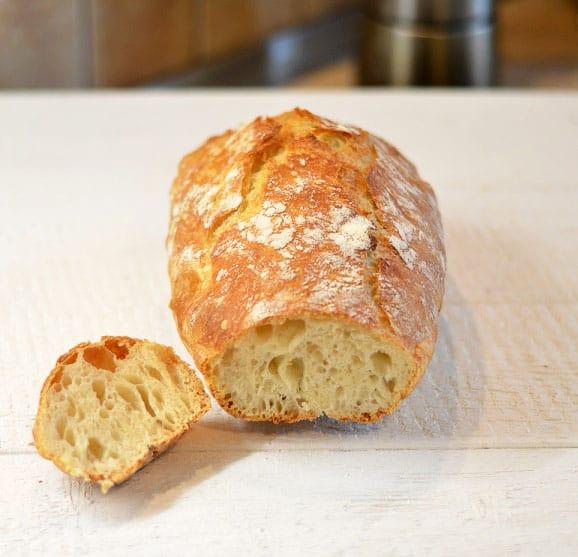 Balta tinginių duona. Duona, kurios nereikia minkyti - bulviukose.lt