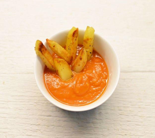 Naminis pomidorų padažas su pankoliais - bulviukose.lt