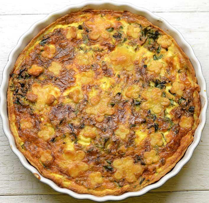 Daržovių ir sūdyto-marinuoto varškės sūrio pyragas (quiche) - bulviukose.lt