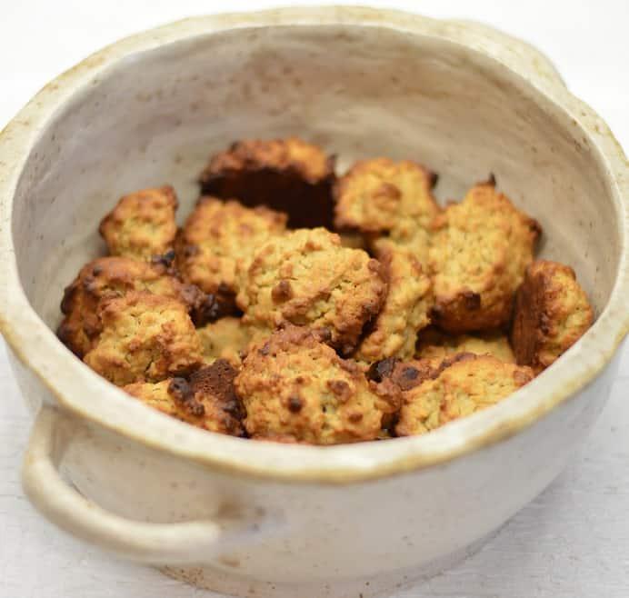 Sausainiai su žemės riešutų sviestu ir bananais - bulviukose.lt