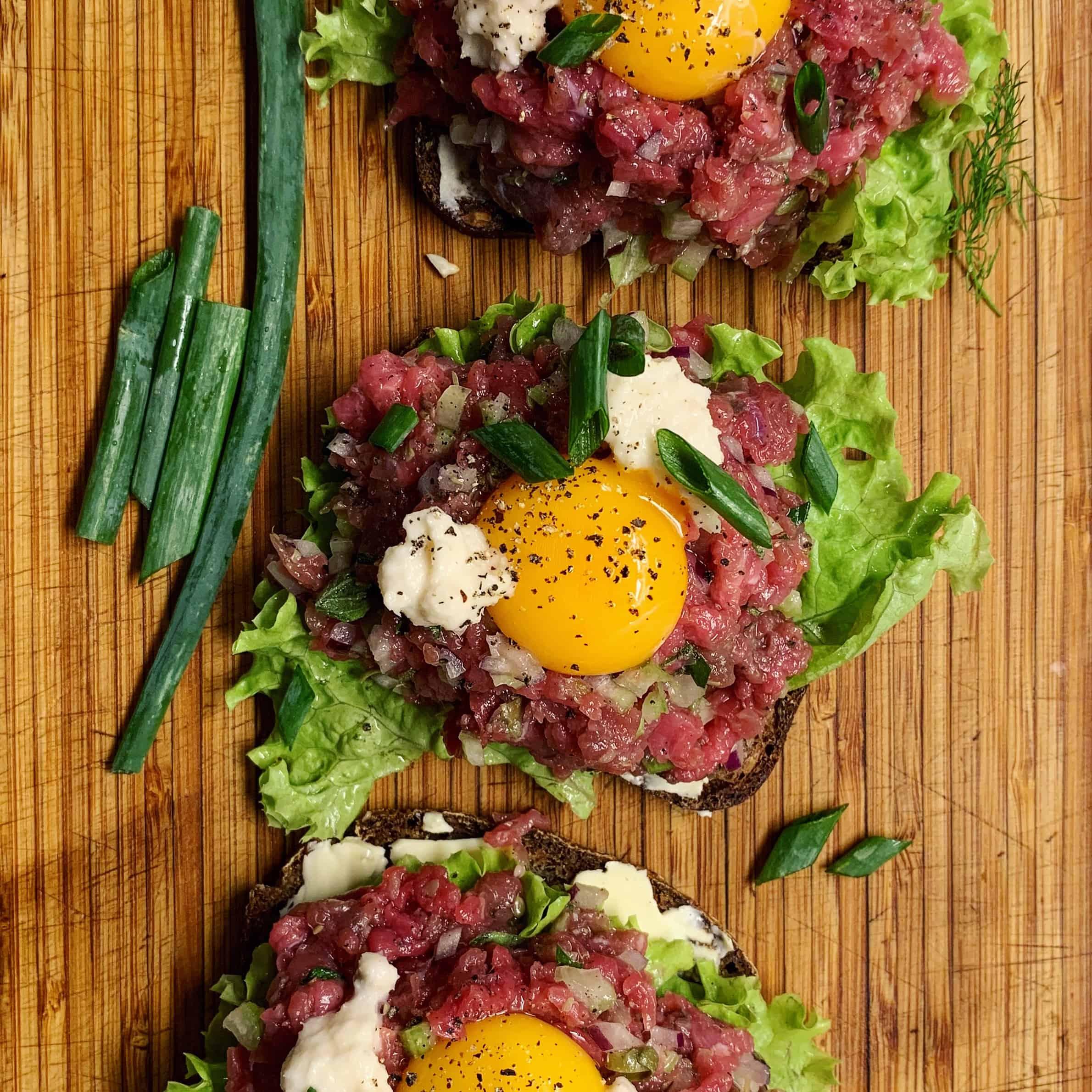 Daniškas sumuštinis - bulviukose.lt