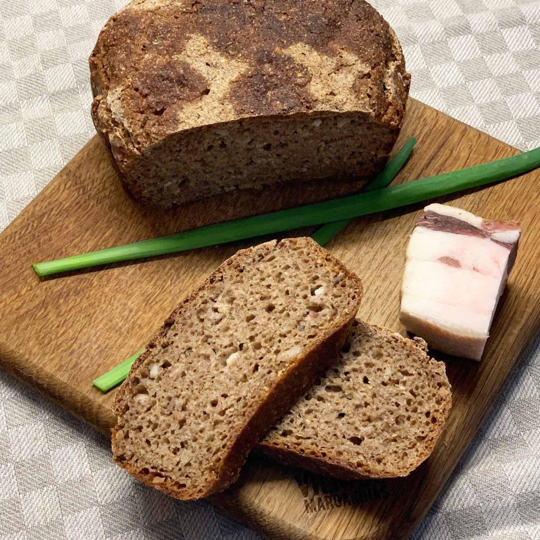 Ruginės duonos su lašinukais receptas - bulviukose.lt