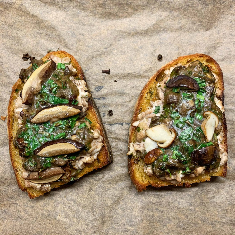 Kvietinio raugo duona su smegenimis