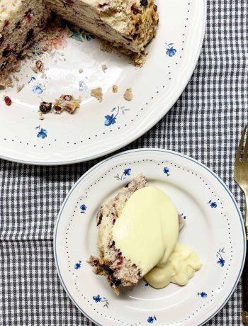 Britiškas virtas pudingas su vaniliniu padažu