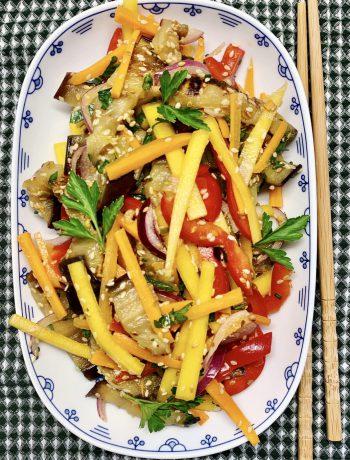 Azijietiškos baklažanų salotos
