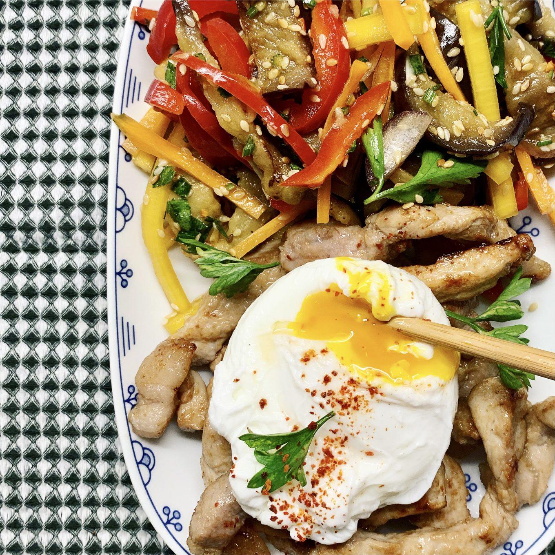 Salotos su baklažanais kinietiškai